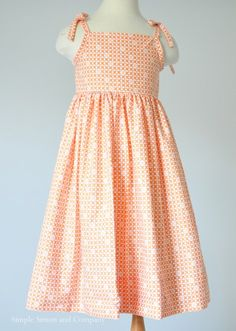 In Orange A free sundress pattern. In Orange. - Simple Simon and CompanyA free sundress pattern. In Orange. - Simple Simon and Company Girl Dress Patterns, Sewing Patterns Girls, Clothing Patterns, Skirt Patterns, Blouse Patterns, Coat Patterns, Sewing Kids Clothes, Baby Sewing, Free Sewing