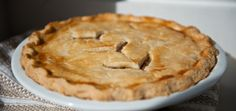Jocelyne Cazin's Meat Pie Recipes Pie Recipes, Great Recipes, Favorite Recipes, La Tourtiere, Good Food, Yummy Food, Creole Recipes, Savory Tart, Christmas Baking