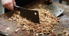 North Carolina Barbecue ~ Barbecue 101 ~ A primer on the perfect smoke, pig, sauce, and sides.