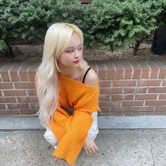 Uploaded by 💫. Find images and videos about kpop, everglow and eu on We Heart It - the app to get lost in what you love. South Korean Girls, Korean Girl Groups, Follow Spree, Yuehua Entertainment, Pop Group, Kpop Girls, My Girl, Crochet Top, Female