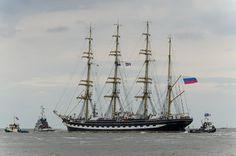 Volunteer on a Tall Ship