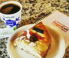 Suave y deliciosa rosca de reyes junto a su espresso americano gourmet ☕✌