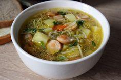 Solche Suppe mit Würstchen - schnell und gesund ist und macht man ganz einfach! Schauen Sie mal den Rezept und probieren Sie diese leckere Suppe!