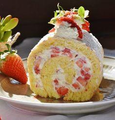 Strawberry White Cake Scented Wax