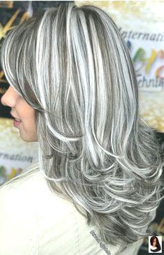 favorite silver hair highlights short My favorite ❤️❤️ My favorite ❤️❤️ 549298485801959303 Silver Grey Hair, Long Gray Hair, White Hair, Gray Hair Highlights, Long Bob Hairstyles, Dyed Hair, Curly Hair Styles, Hair Cuts, Hair Beauty