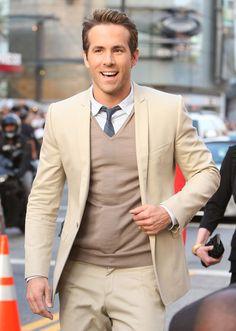 Ryan Reynolds - summer suit, v-neck sweater