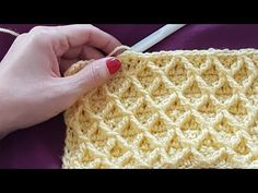 to view English subtitles,please hit CC Sewing Stitches, Crochet Stitches Patterns, Crochet Motif, Stitch Patterns, Knitting Patterns, Honeycomb Stitch, Crochet Videos, Hand Embroidery Designs, Crochet Projects