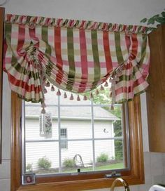 Valances   Pleated Balloon shade with butterfly ends