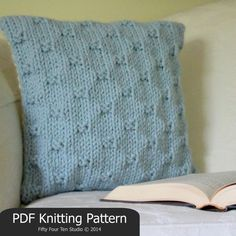 KNITTING PATTERN / Pillow / Cushion / Quick & Easy Knit / Super Bulky Yarn / PDF instant download / Wedding Birthday Christmas Gift Idea