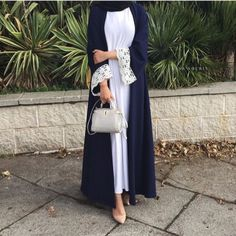 Hijab Fashion Selection of over 100 looks in trendy and chic Abaya Islamic Fashion, Muslim Fashion, Modest Fashion, Fashion Outfits, Street Hijab Fashion, Abaya Fashion, Modest Wear, Modest Outfits, Hijab Outfit