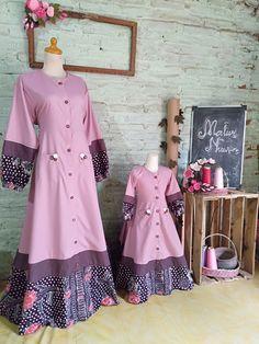 Hijab Fashion, Fashion Dresses, Edwardian Dress, Batik Dress, Indian Designer Wear, Kurtis, Indian Wear, Clothing Patterns, African Fashion