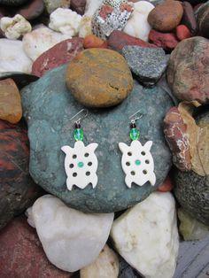 Turtle dangle earrings with green onyx gemstone by HealingBones