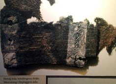 Textile from mound 2 at Högom.