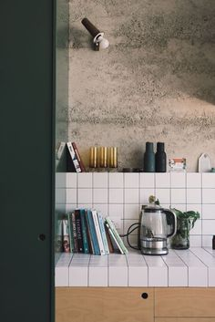 """Kitchen Interior Design Tanya McKenna, Perth WA — IN BED Store - Having recently finished building what she calls her """"Nature-Inspired Eco House"""", Tanya's home is an inspiring extension of her practice. Sweet Home, Küchen Design, Home Design, Design Layouts, Design Styles, Design Trends, Design Ideas, Interior Design Kitchen, Modern Interior"""