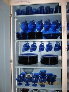155 PIECES of HAZEL ATLAS MODERNTONE COBALT (RITZ) BLUE. *wow!