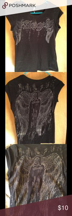 Angel grey t-shirt Very cute, unique t-shirt! This is a slim fit. There's no size tag, but it definitely fits like an xs. For reference, I'm about 125 lbs and this is too tight for me. Tops Tees - Short Sleeve
