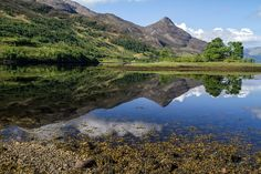 Discover in photos and video one of the most scenic Loch in Scotland. Located in the Glencoe park, Loch Leven is a narrow sea loch surrounded by some of the highest peaks in the region. More info at: http://www.zigzagonearth.com/loch-leven-glencoe-scotland/