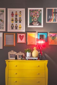 casadepinterest10 Mix de quadros divertidos na parede decor com quadrinhos