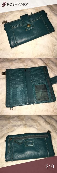 Relic Wallet 💖Bundle to Save Has lots of places for credit cards, several zipper compartments. Has wearing on each corner. Bags Wallets