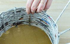DIY Körbchen aus Zeitungspapier basteln | A PARTY Magazin Paper Crafts, Diy Crafts, Basket Weaving, Cuff Bracelets, Crafts For Kids, Projects To Try, Crafty, Art, Baskets