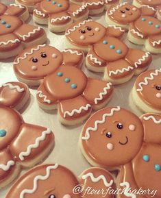 Gingerbread Man Cookies, Christmas Sugar Cookies, Holiday Cookies, Christmas Treats, Christmas Baking, Gingerbread Men, Galletas Cookies, Cute Cookies, Biscuits