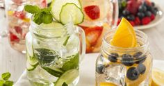 Infused Water Recipes (With Fruit & Herbs!) Try these infused water recipes to add refreshing taste and nutrients to your water. Herbs and fruit add vitamins and make it easier to love drinking water! Healthy Detox, Healthy Drinks, Healthy Recipes, Healthy Water, Drink Recipes, Healthy Skin, Healthy Food, Vegan Detox, Diet Detox