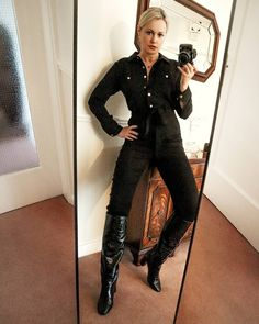 Knee High Boots, My Outfit, Claire, Jumpsuits, How To Wear, Outfits, Instagram, Fashion, Overalls