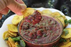 Fast, fresh and authentic tasting nightshade-free salsa.