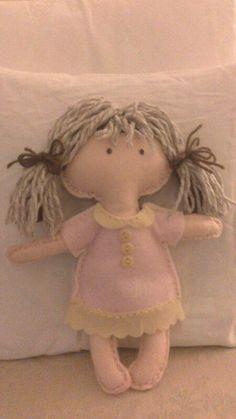 Bambola gio. In panno lenci