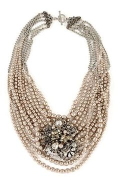 Vintage pearl jewelry - amazing creation of Miriam Haskell . I love Mariam Haskell costume jewelry, always interesting and original. Crystal Statement Necklace, Beaded Necklace, Bridal Necklace, Vintage Costume Jewelry, Vintage Jewelry, Vintage Pearls, Handmade Jewelry, Vintage Glam, Antique Jewelry