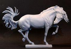 Horse Sculpture: Maggie Bennett