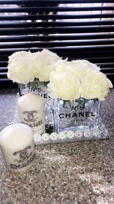 Glam Bedroom, Room Ideas Bedroom, Bedroom Decor, Chanel Room, Chanel Decor, Chanel Birthday Party, Beauty Room Decor, Glamour Decor, Cute Room Decor
