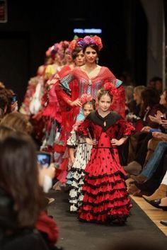 Traje de Flamenca - Pol-Nunez - MB-Pasarela-Flamenca-de-Jerez-2013-colorido