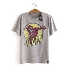 Camiseta oficial Flash Cinza DC Comics. 100% algodão, estampa levemente…