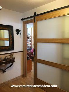 Puerta corredera estilo granero. Fabricada a medida por Alpis, carpinteria en madera. Mirror, Furniture, Home Decor, Kitchen Furniture, Kitchens, Custom Cabinetry, Custom Furniture, Sliding Door, Converted Barn