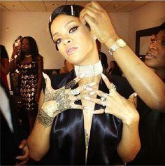 Red Carpet Nails: The 2013 AMA's | Salon Fanatic Rihanna