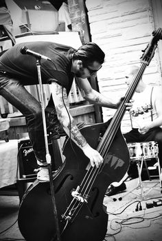 raf Rockabilly ... rockin' the double bass :)