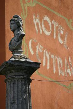 Hôtel Central, Digne-les-Bains, Alpes de Haute Provence, Provence-Alpes-Côte d'Azur, France
