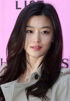Korean Beauty Girls, Korean Women, Korean Girl, Asian Beauty, Hottest Female Celebrities, Korean Celebrities, Jun Ji Hyun Fashion, Prity Girl, Korean Actresses