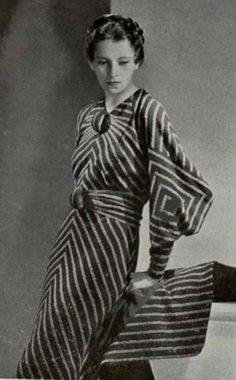 Couture Allure Vintage Fashion: Dress by Marie Louise Calvet - 1935.