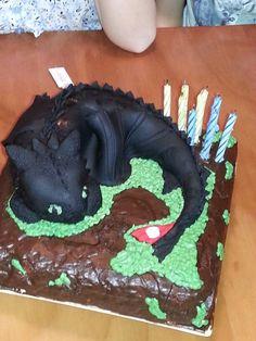 Toothless Dragon Ice Cream Cake Kid Food Pinterest