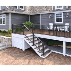 Deck Stairs, Deck Railings, Deck Railing Design, Outdoor Stair Railing, Deck Railing Ideas Diy, Vinyl Deck Railing, Horizontal Deck Railing, Patio Ideas, Deck Off Kitchen Ideas