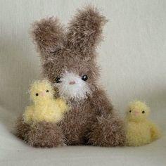 Fuzzy Bunny & Chick amigurumi crochet pattern
