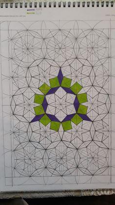 Islamic Motifs, Islamic Art Pattern, Geometric 3d, Geometric Drawing, Pattern Drawing, Pattern Art, Glass Painting Designs, Math Art, Composition Design