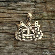 Résultats de recherche d'images pour «lampe à huile antique viking»