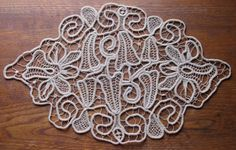Unusual crocheted lace work, flowers, loops and leaves, Armenian, Romanian lace