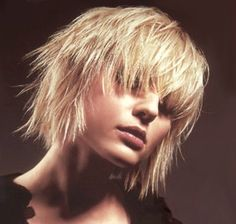 Messy Layered Bob Cut