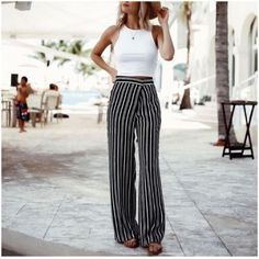 Striped palazzo pants-Rocking street style summer outfits – Just Trendy Girls