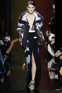 So in love with full photos on clothing || Peter Pilotto | Fall 2014 Ready-to-Wear Collection | Style.com