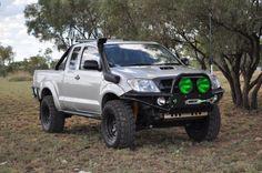 Toyota 4x4, Toyota Trucks, Toyota Hilux, Pickup Trucks, Hilux Mods, Nissan Patrol, Japan Cars, Truck Design, Jeep 4x4